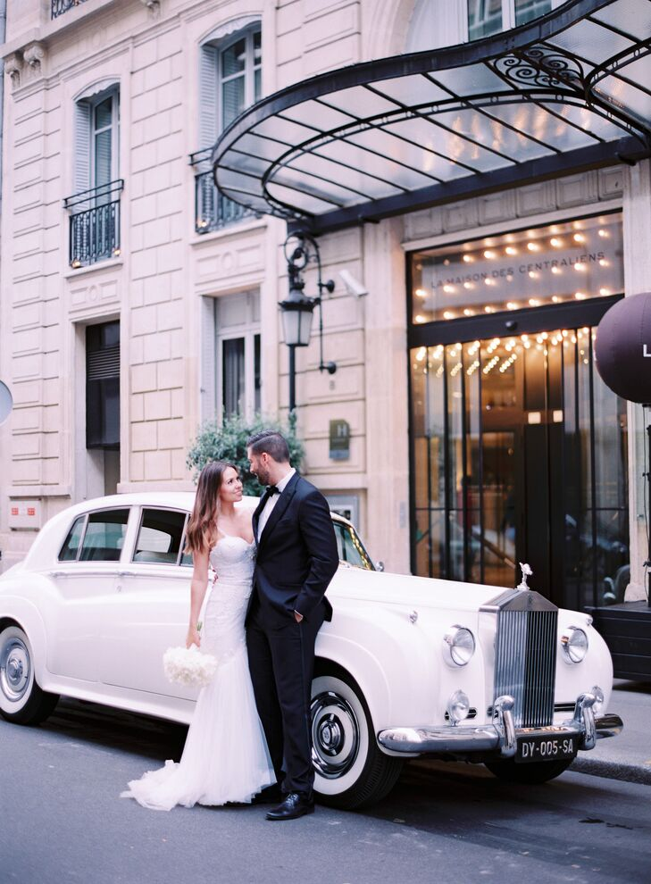 After a ceremony at the historic Chapelle Expiatoire, Morgan and Kevin took an elegant white town car to the reception at La Maison des Centraliens in Paris, France.