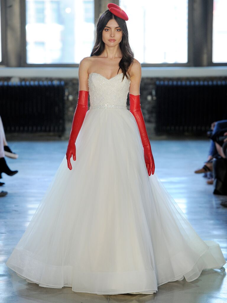 Watters Fall 2018 Collection: Bridal Fashion Week Photos