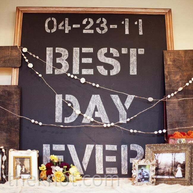 Best Day Ever became a theme of the day, making appearances on signs and stationery.
