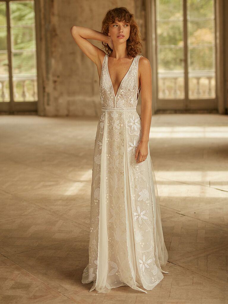 Dana Harel V-neck wedding dress