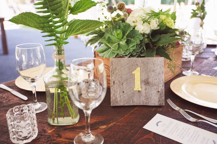 Painted wooden squares were used for the table numbers.