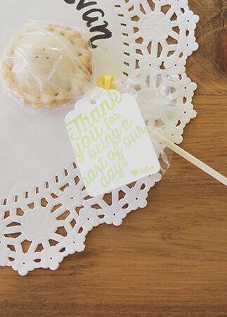 Photo: Nikki Mills // Featured: The Knot Blog