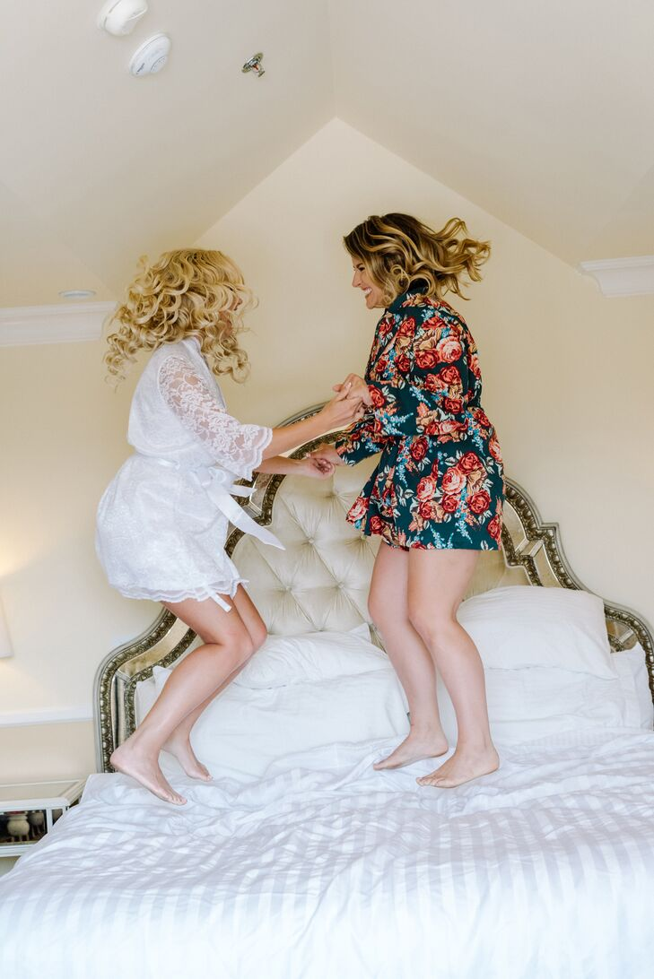 Vanessa gave each of her bridesmaids a custom-made floral-print dressing robe.