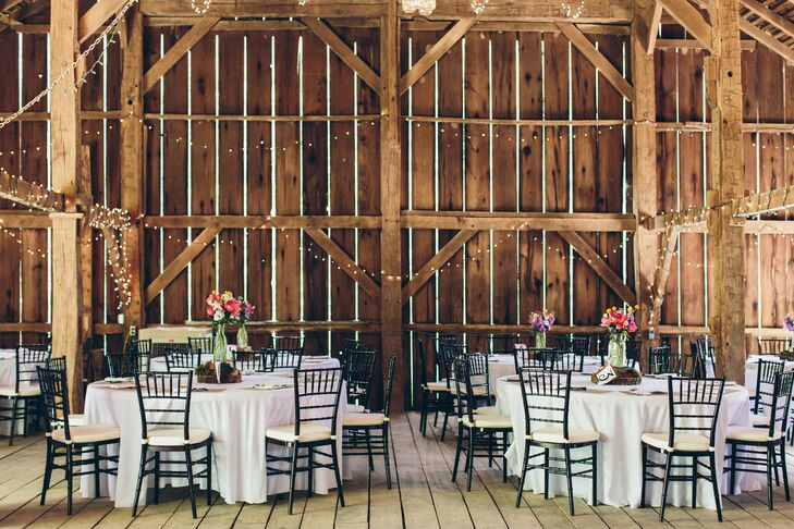 Rustic Reception at Canyon Run Ranch in Pleasant Hill, Ohio