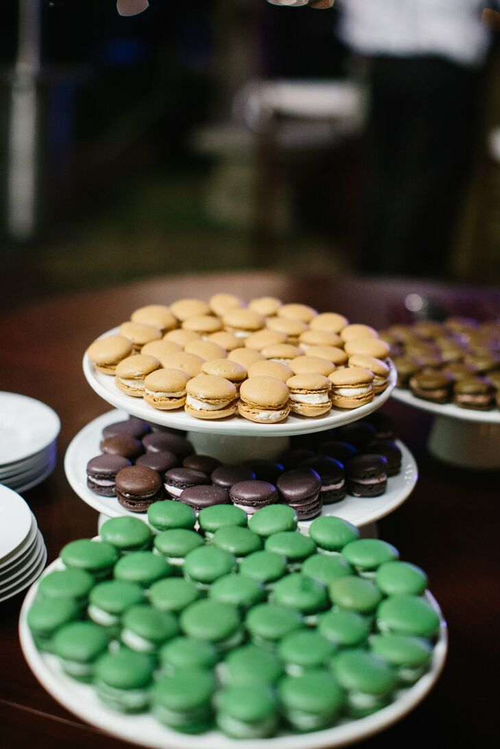 Because neither Jessica nor Eddie really like cake, they had macarons for dessert.