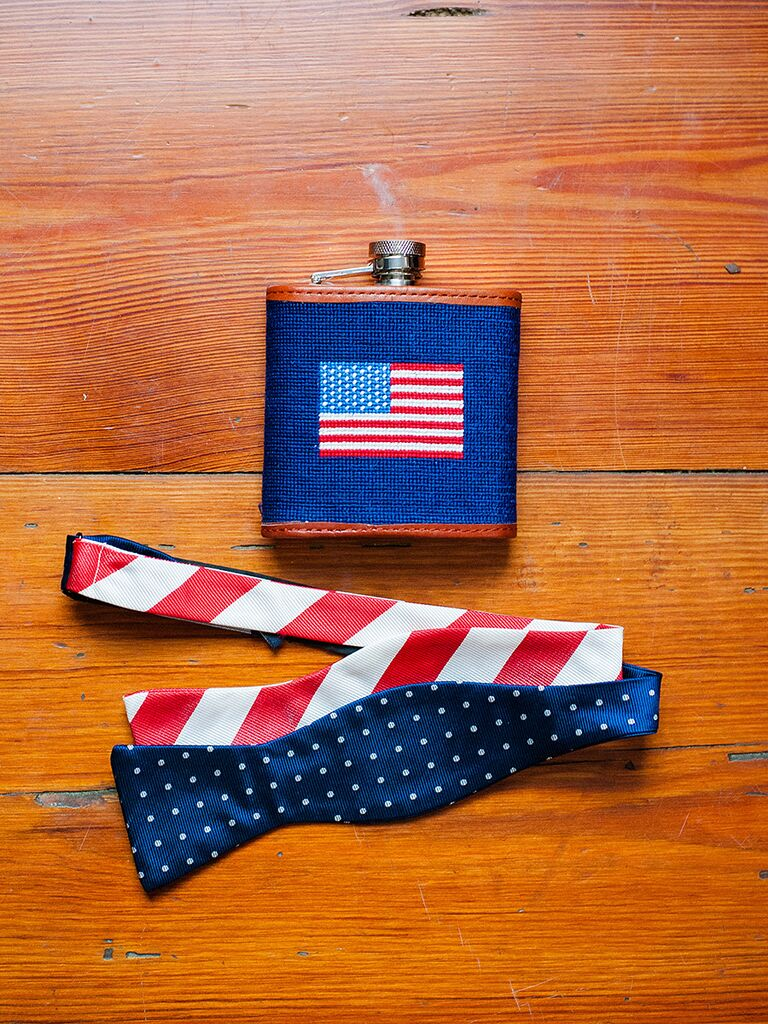 Patriotic groom's accessories for a summer wedding