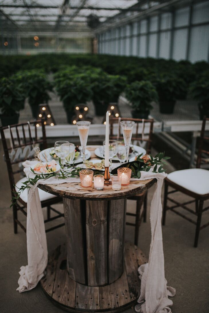 Rustic Round Sweetheart Table