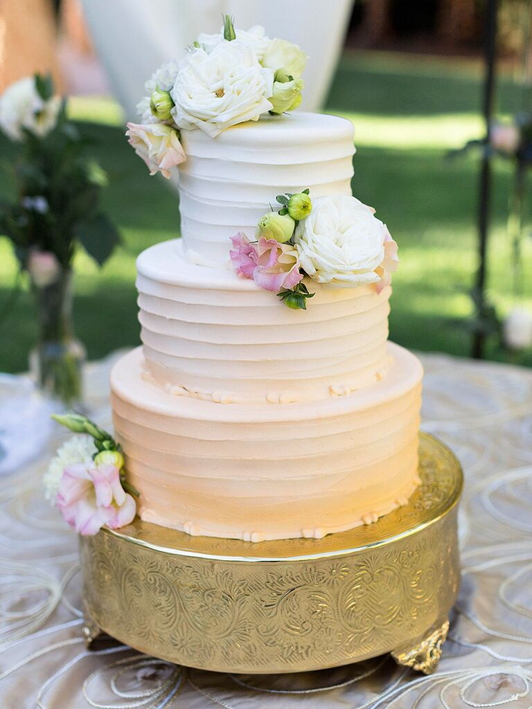 Pastel ombre wedding cake with lisianthis flowers