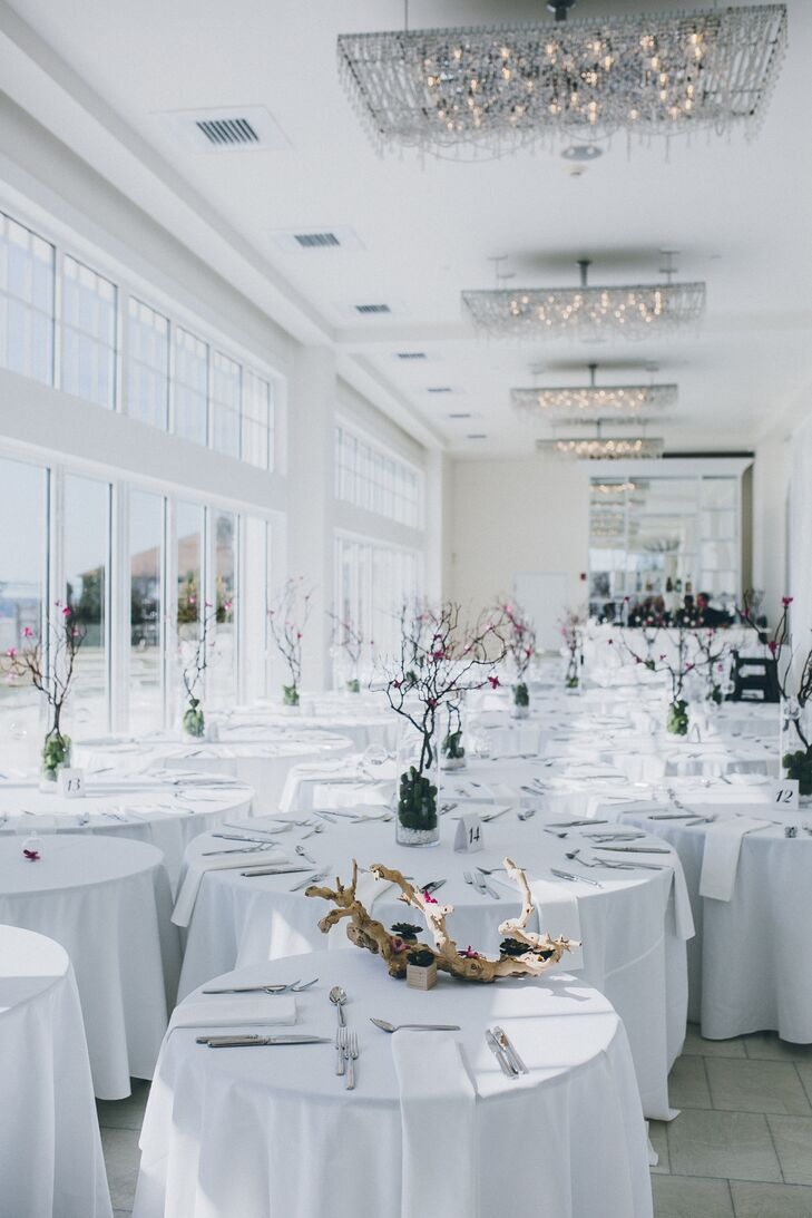 The couple loved Belle Mar's clean, modern design and wanted the Newport, Rhode Island, setting to take center stage.