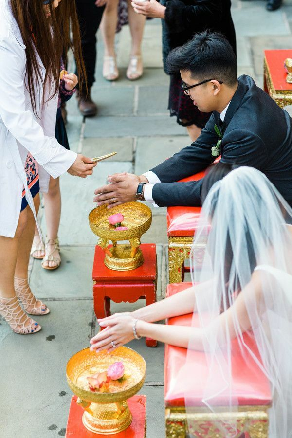 Couple during Thai water blessing ceremony