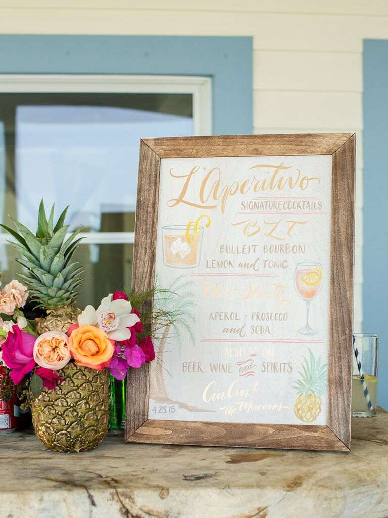Pineapple Wedding Décor Ideas