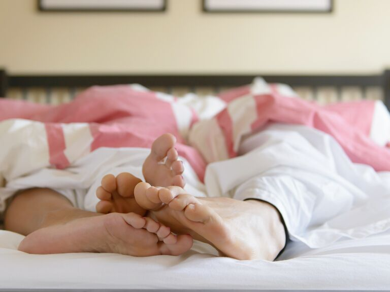 What does cold feet mean in a relationship