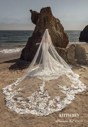 KITTYCHEN ALESSANDRA VEIL Wedding Dress