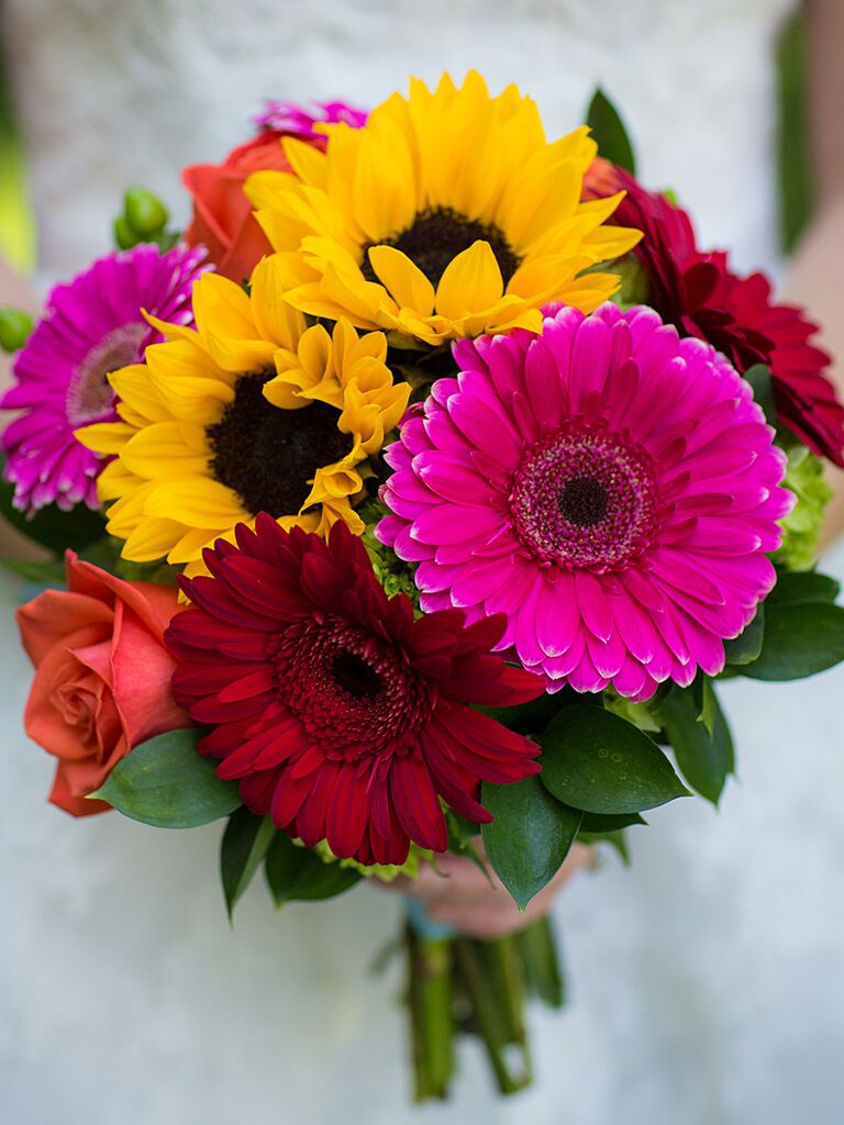 Charming sunflower wedding bouquets a bridal bouquet with sunflowers and daisies izmirmasajfo