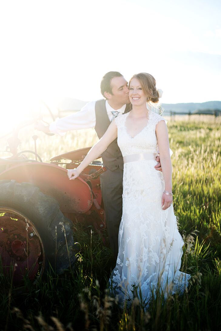 Sara Weltzer (29 and a physician's assistant) and Scott Knight (36 and in customer service) met while playing softball together. Sara always had a cru