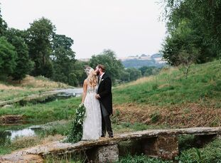 Brennan	Shaffner and Thomas Hoppe wed on the grounds of Cornwell Manor, a 2,000-acre estate located near Chipping Norton in the Cotswolds. The ceremon