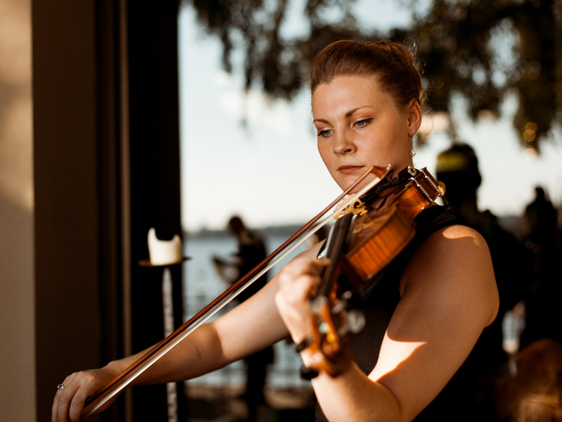 Christie Becker Violin - Violinist - Belfair, WA