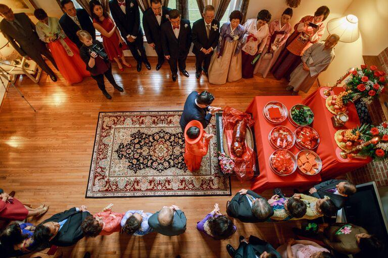 Vietnamese altar prayer during wedding