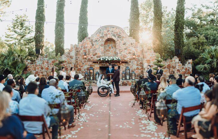 Outdoor Wedding Ceremony at Madera Estates in Conroe, Texas