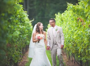 Lauren Pur, 31, Financial Services Marketing and Justin Mandeville, 34, Investment Management had their wedding ceremony and reception at the Sweetwat