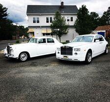 D.J.'s Limousine Service & Luxury Buses