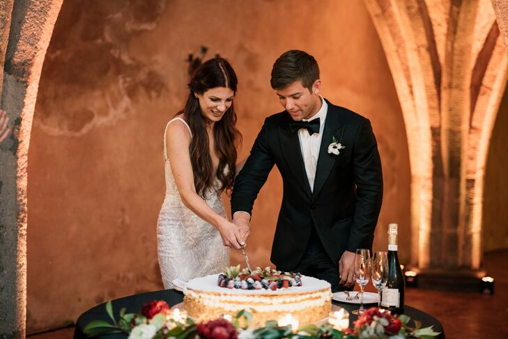 Single-Tier Cake Cutting