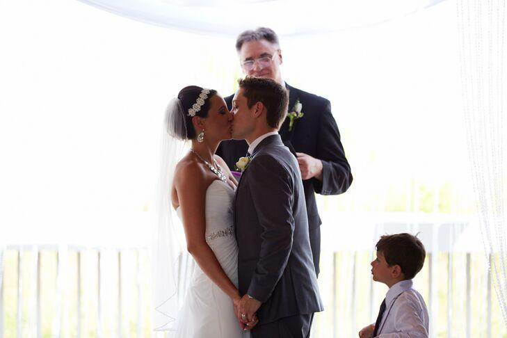 Newlywed First Kiss on Hilton Head Island