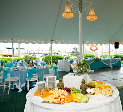 Chelos Banquets Catering