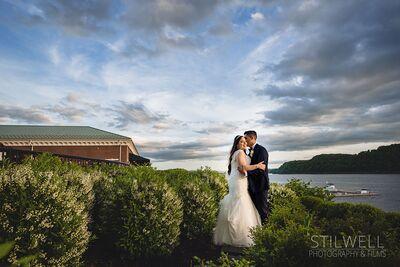 Stilwell Photography & Cinematic Wedding Films