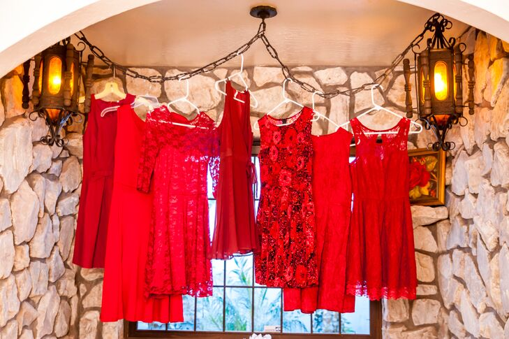 59b0bcfa55b Mismatched Red Bridesmaids Dresses at Bella Rose Estate
