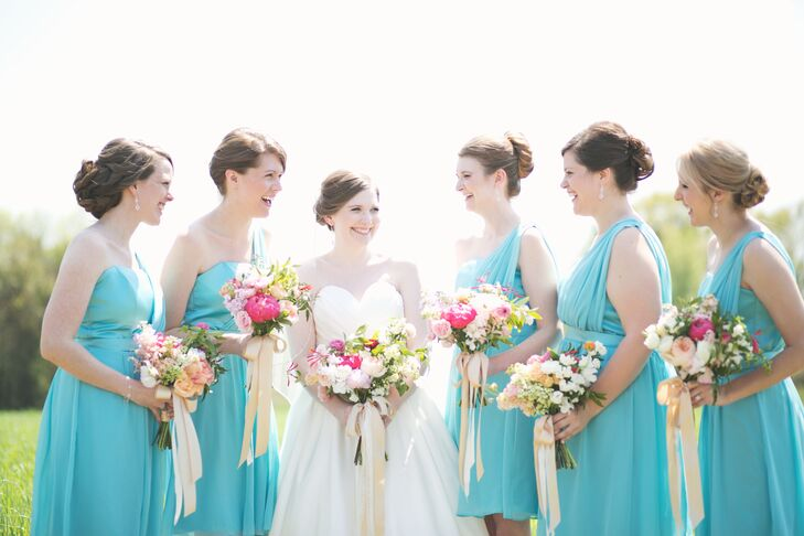 Kaitlin was inspired by vintage blue Mason jars for her bridesmaid dresses and found the perfect shade of blue from Dessy.