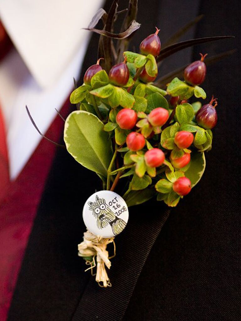 Personalized dog pin boutonniere