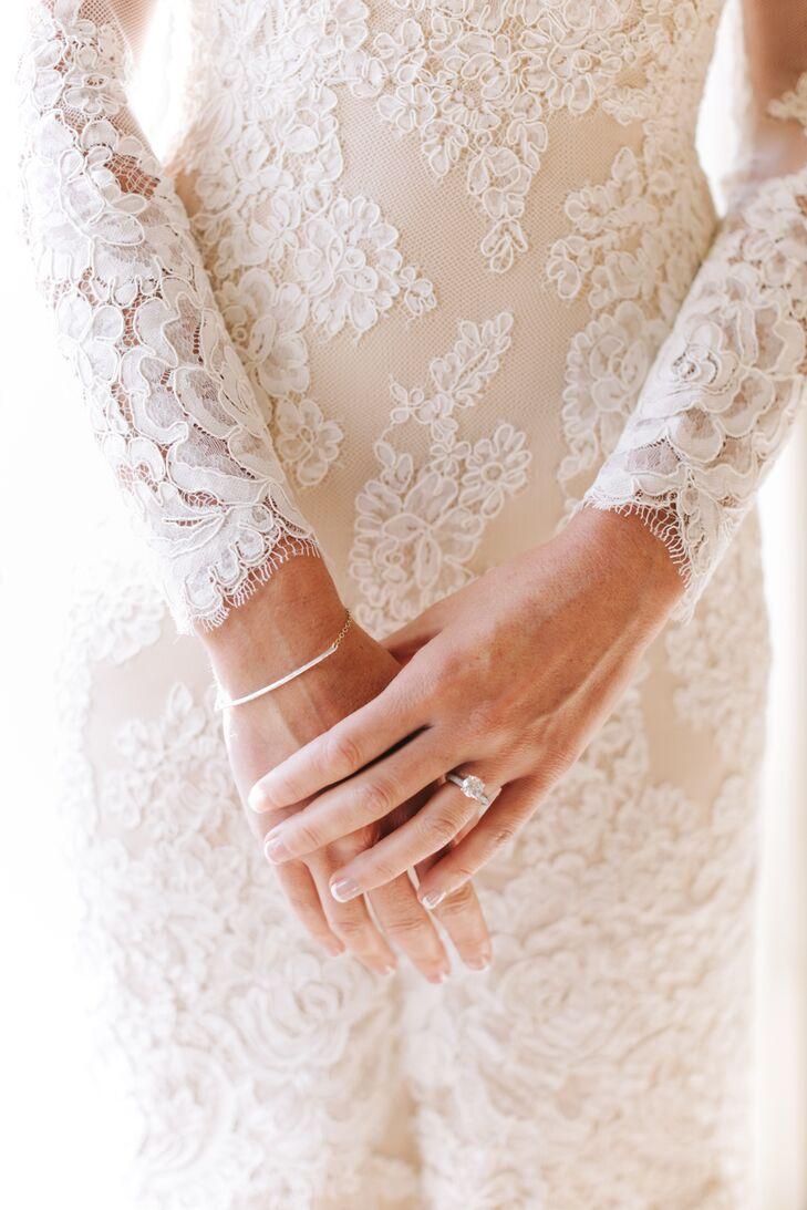 White Lace Long-Sleeve Wedding Dress