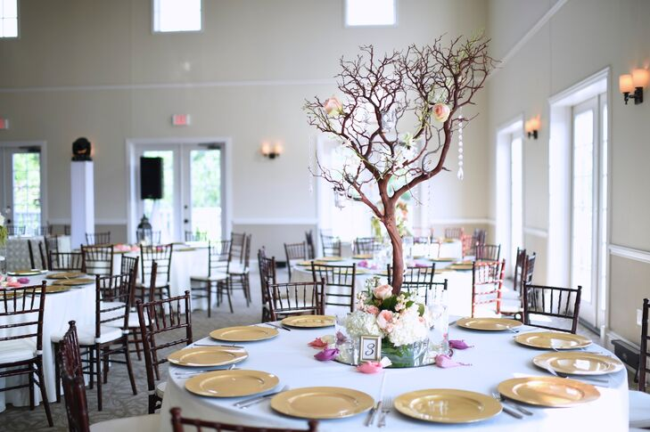 Peachy Manzanita Branch Centerpieces With Roses And Crystals Download Free Architecture Designs Scobabritishbridgeorg