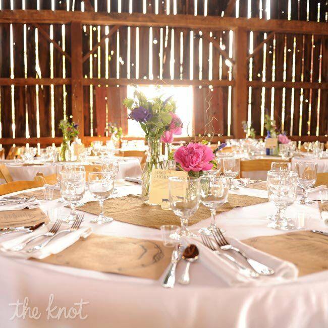 Rustic Floral Tablescapes