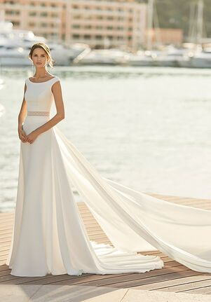 Aire Barcelona IBIS Sheath Wedding Dress