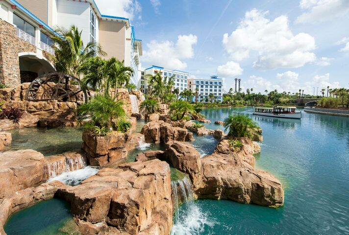 Image result for loews sapphire falls resort at universal orlando