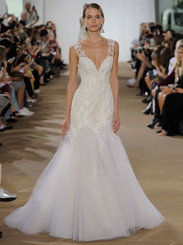 Ines Di Santo Fall 2019 wedding dress with a mermaid silhouette, tulle skirt and sweetheart neckline