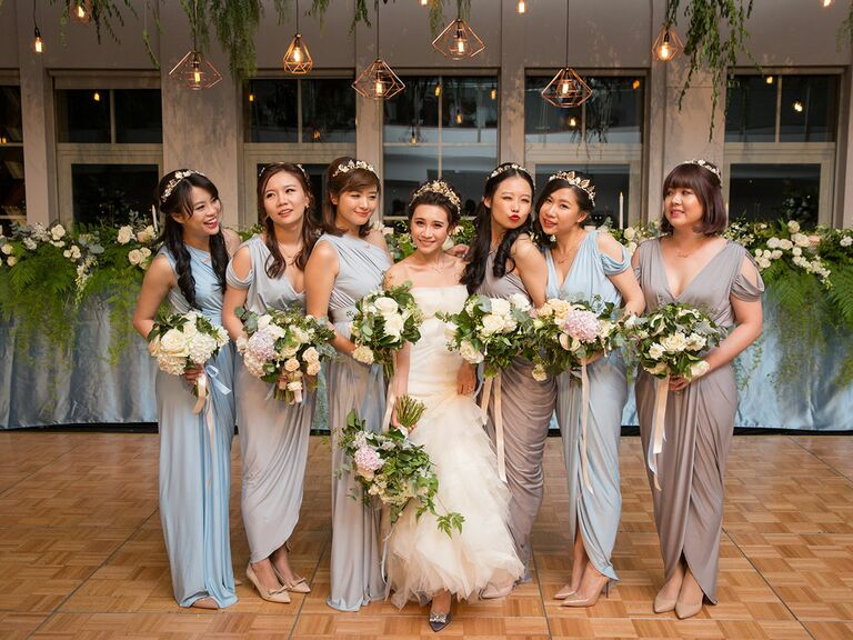 05bc8cac2ef How to Choose Mismatched Bridesmaids Dresses the Right Way