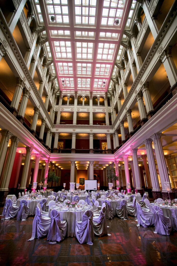 "The bride and groom were drawn to the classic style of the Minnesota Landmark Center. ""It has a very traditional look. The large open court and tall pillars fit exactly how we thought our wedding would look."""