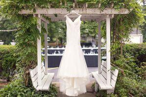 Ivory V-Neck Wedding Dress