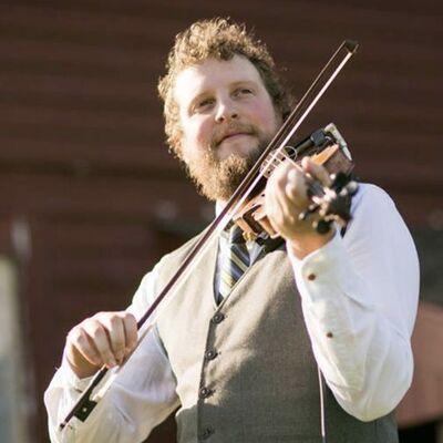 Jordan Tirrell-Wysocki, Celtic fiddler