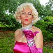 Missouri City, TX Marilyn Monroe Impersonator | Marilyn & More