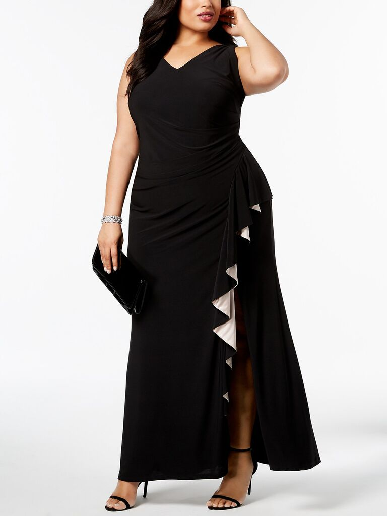 Betsy & Adam plus-size gown what to wear to a spring wedding