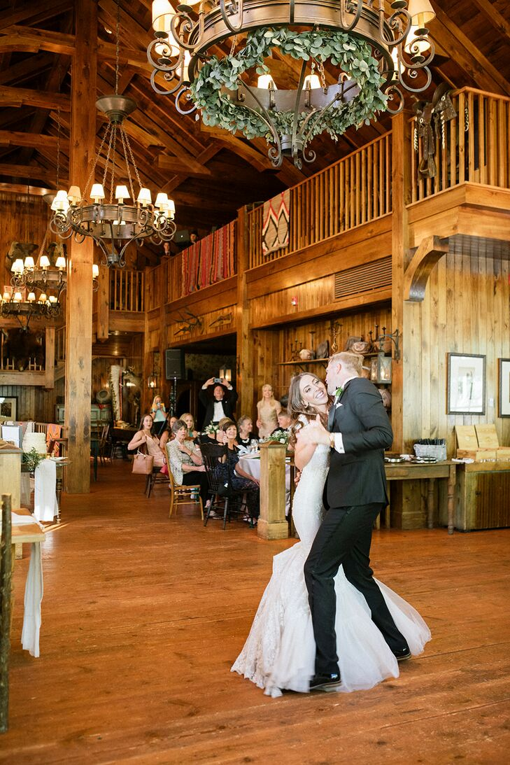 Rustic First Dance at Saddleridge at Beaver Creek