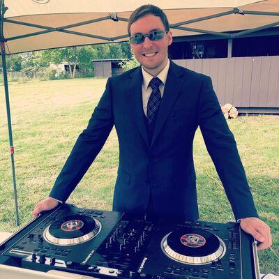 DJ CRASHERS - $1,000 DJ & Photo Booth Special