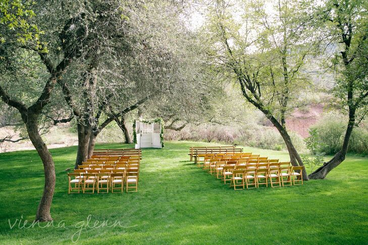 The ceremony took place in the Oak Grove at the Van Dickson Ranch in Skull Valley. The natural setting with its lush vegetation and flowering trees gave the ceremony an intimate feel.