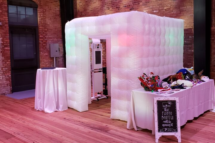 6 Tips You Should Follow Before Renting a Photo Booth