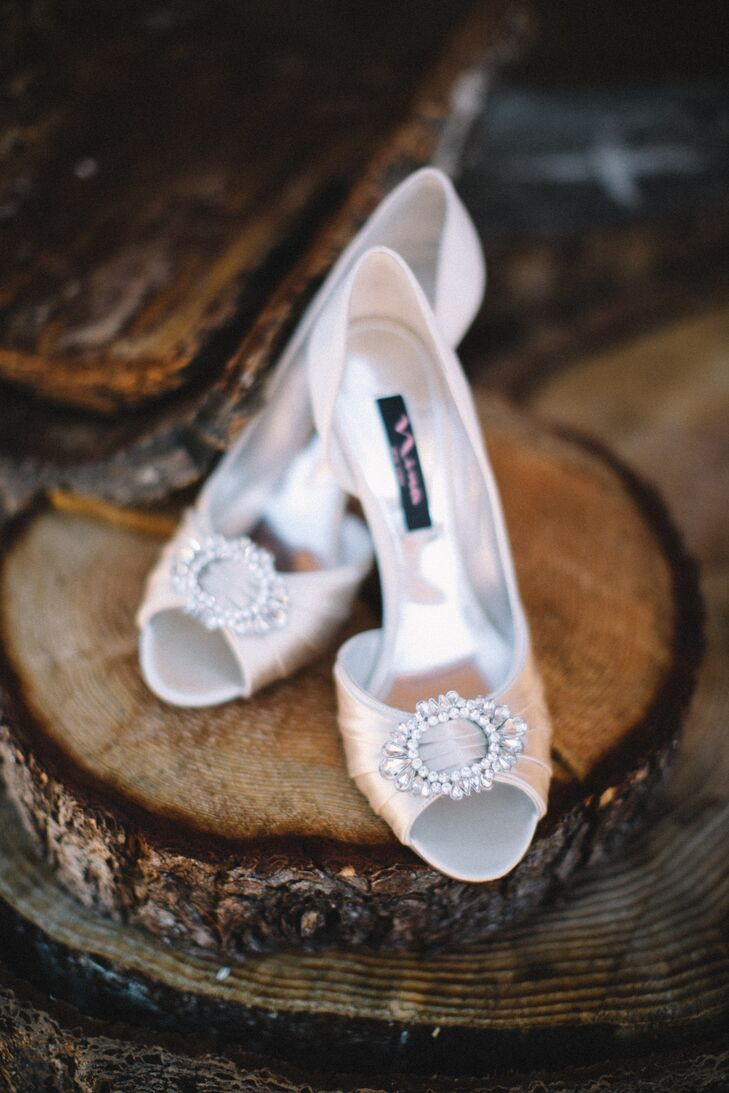 Nina Ivory Shoes With Brooches