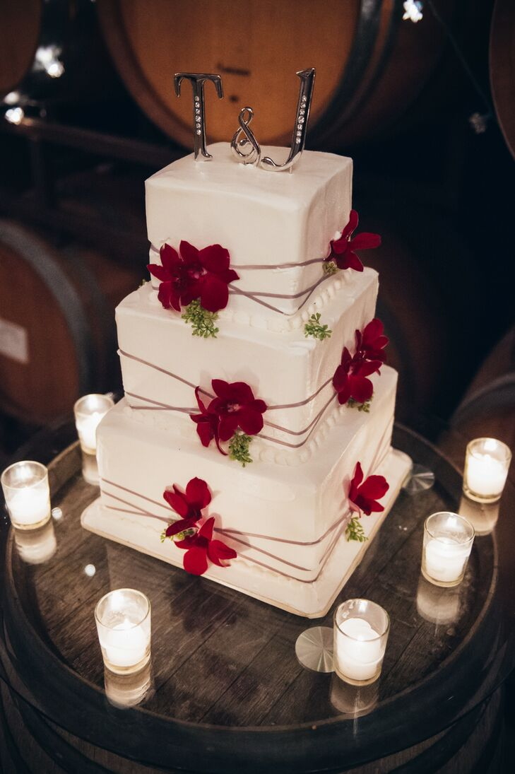 Ivory Wedding Cake Red Cake Flowers